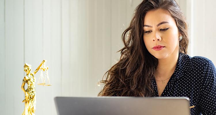 Qué es un abogado laboralista y cómo puede ayudarte